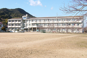 181宮中学校